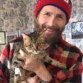 """""""Adottate quei gatti"""": Jovanotti posta un video per salvare gli animali"""